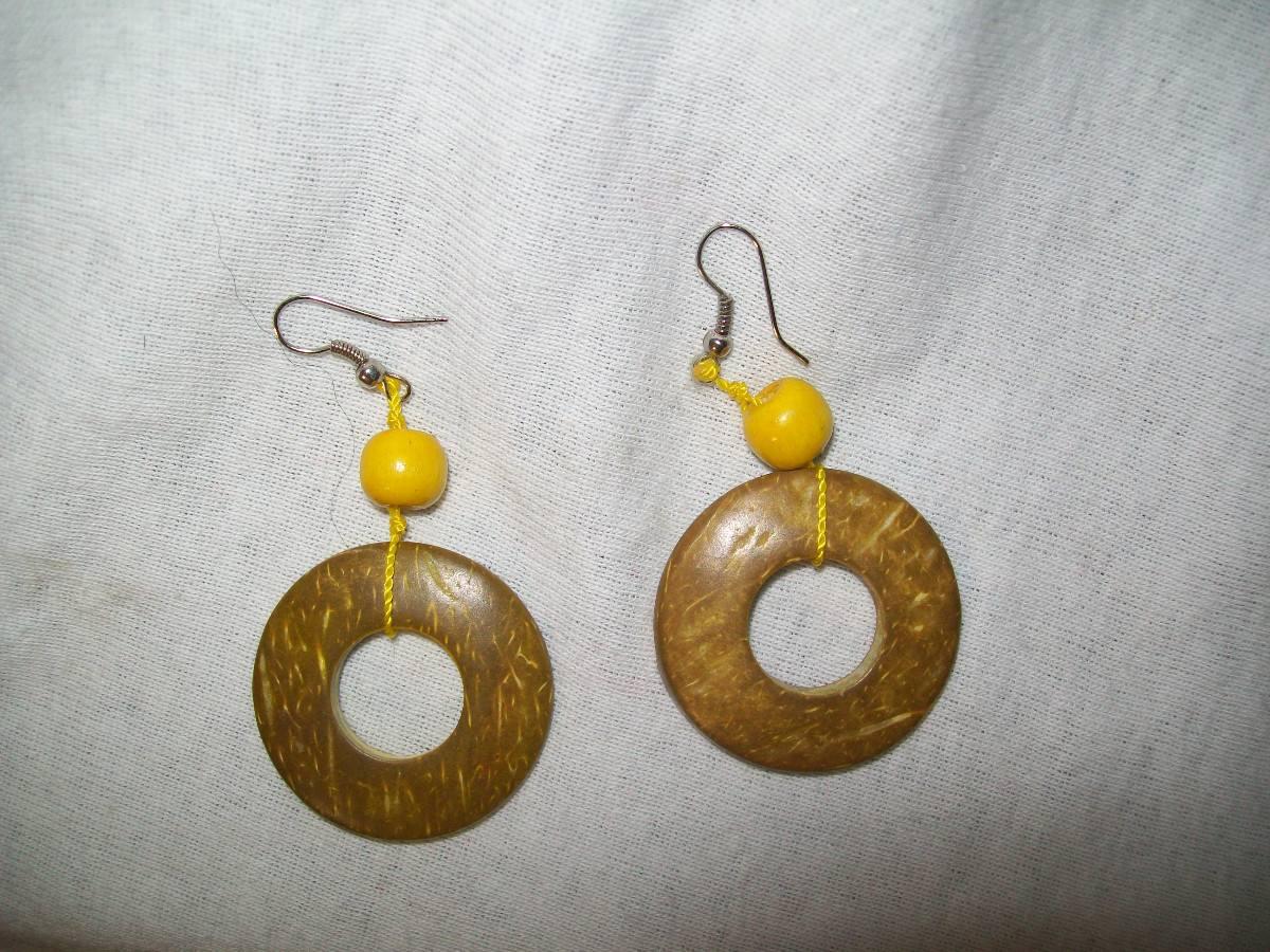 27884e04d432 gcg aretes de coco circulos color cafe y amarillo bfnAretes De Coco
