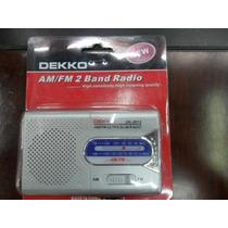 Radio Portatil Dekko Am/fm Correa D Mano Bocina