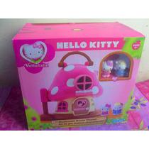 Hello Kitty Casa De Hongo Con Muebles Y Figuras