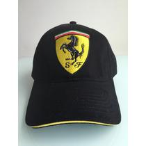 Gorra F1 Scuderia Ferrari Clasica Escudo Grande Formula 1
