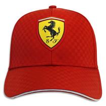 Gorra Scuderia Ferrari Oficial F1 Carbono Roja Blanca Negra