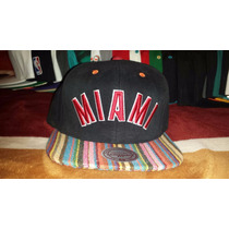 Gorra Snapback Mitchell And Ness Miami Heat