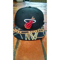 New Era 7 1/8 Gorra Miami Heat Nueva