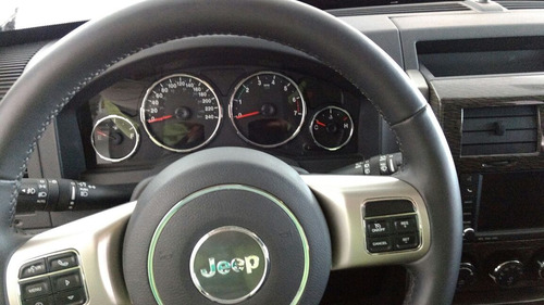 Jeep Liberty Limited 4x2