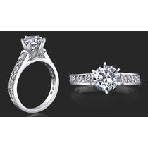 Anillo De Compromiso Con 21 Diamantes Y Oro Blanco 14k