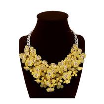 Elegante Accesorio Maxi Collar Con Flores