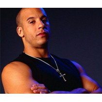 Collar De Cruz Dominic Toretto, Rápido Y Furioso. Plateada