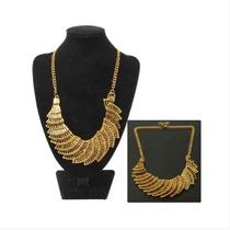 Cascada En Forma De Collar De Metal Elegante (de Oro)
