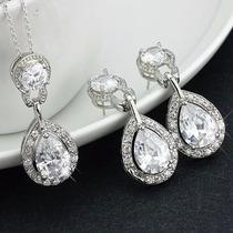 Aretes Y Collar Chapa De Oro Con Cristales Swarovsk
