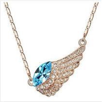 Collar Con Alas En Forma De Cristales (baby Blue)
