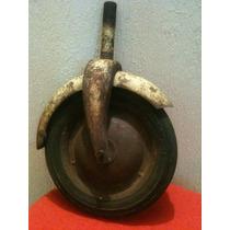 Antigua Llanta De Un Antiguo Patin Del Diablo 50´s