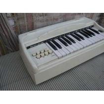 Organo De Los 60`s Lili Ledy