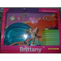 Barbie Britany Con Piscina