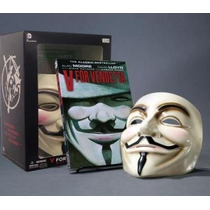V For Vendetta Deluxe Collector Set, Book And Mask Comic Set