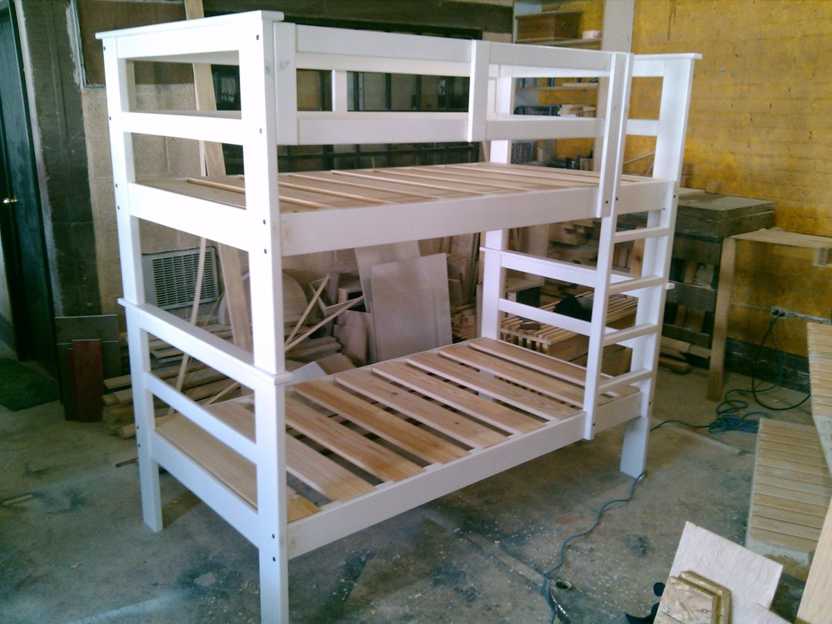 Literas de madera a precio de f brica 3 en for Precio zapateros de madera