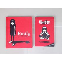 Emily The Strange - Libro En Ingles + 22 Postales Emo Gotico