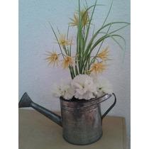 Maceta Regadera Con Flores Mdn