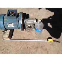 Motorreductor 3/4 Hp. 220-440 Trifásico 120 Rpm. Salida.