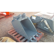 Bote Cucharon 24 Pulgadas Para Retroexcavadora New Holland