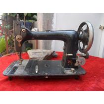 Maquina De Coser Antigua De Lanzadera