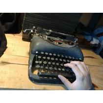 Antigua Máquina De Escribir Portátil Remington Modelo 5