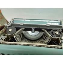 Máquina De Escribir Olivetti Letrera 22