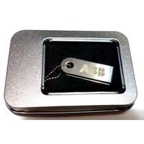 Usb Con Rotacion De Aluminio 2.0 Subasta -plata (8 Gb)