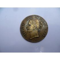 Antiguo Botón Reina Victoria Gran Bretaña.