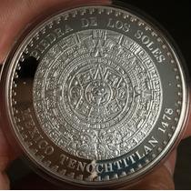 Mexico Piedra De Los Soles Y Edif. Banamex Casa De Moneda