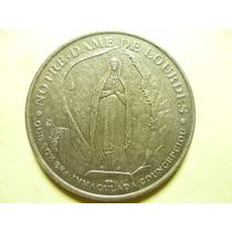 Medalla De Nuestra Señora De Lourdes.