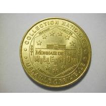 Medalla Oficial Millennium Fecha 2001 Bronce 15.7g 33mm