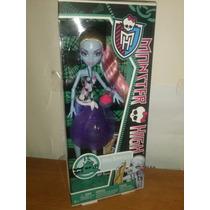 Monster High. Abbey Bominable Playa Calavera
