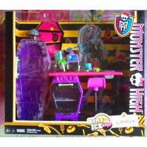 Monster High Set De Mobiliario Y Accesorios Salon De Clases