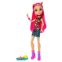 Monster High Creepateria Howleen Lobo Doll