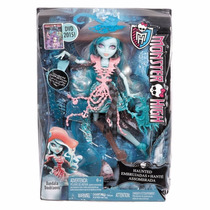 Muñeca Monster High Embrujadas Vandala Doubloons Colección