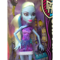 Monster High Abbey Bominable En Paris