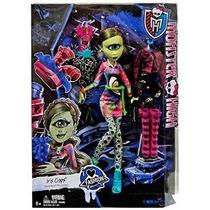 Monster High I (corazón) Moda Iris Clops Doll Y Moda