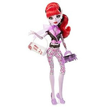 Monster High Monster Scaritage Opereta Doll And Fashion Set