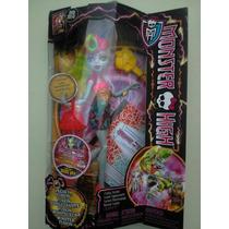Monster High Linea Freaky Fusion Lagoonafire Nueva Mattel