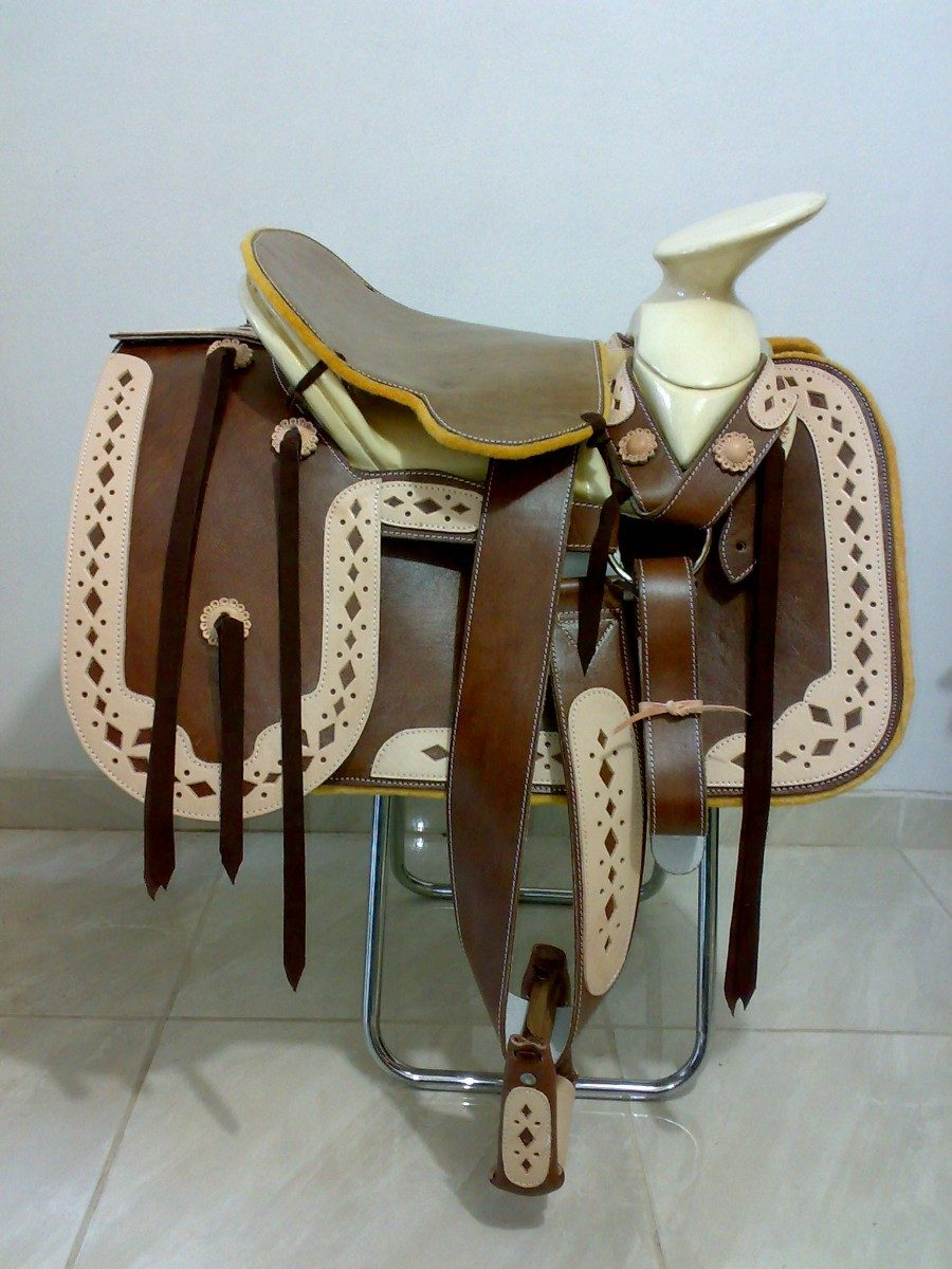 Top sillas para caballo images for pinterest tattoos - Silla montar caballo ...