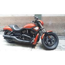 Harley Davidson V-rod 2011