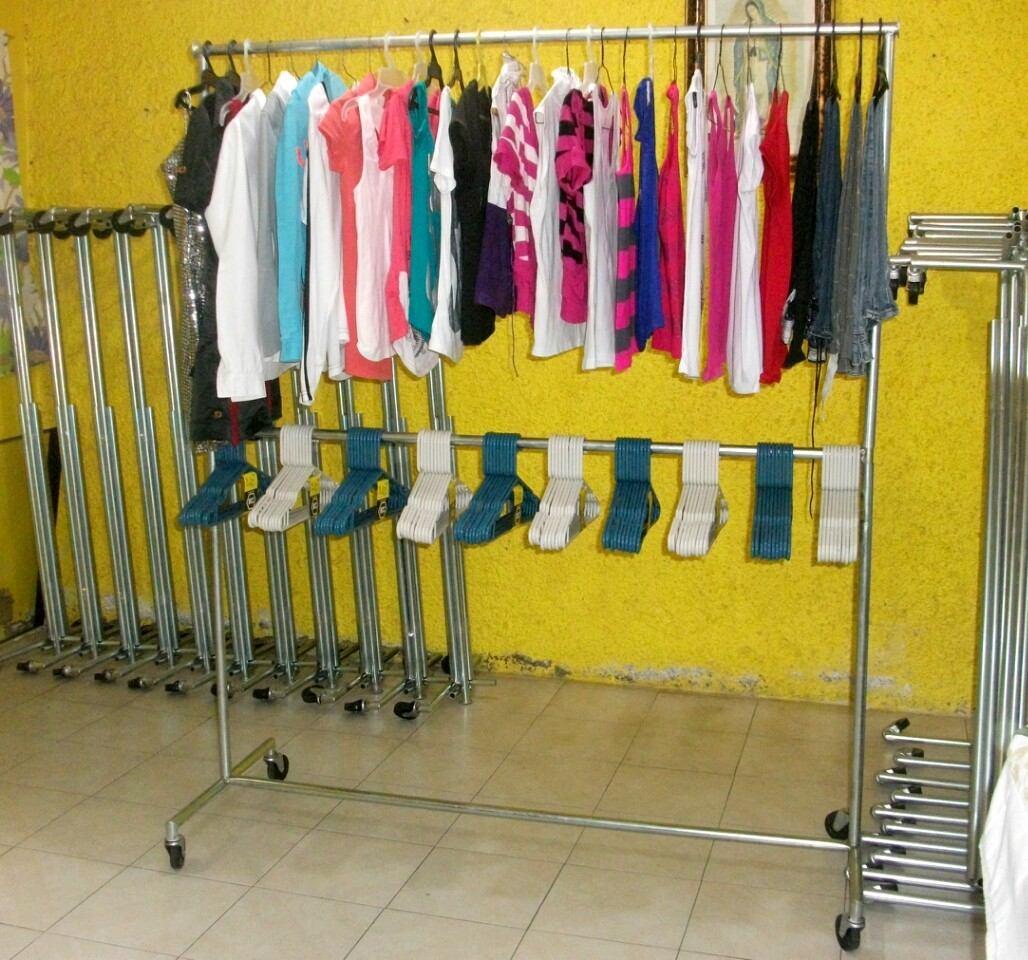 Mueble colgador de ropa practico para despues de - Mueble para ropa ...