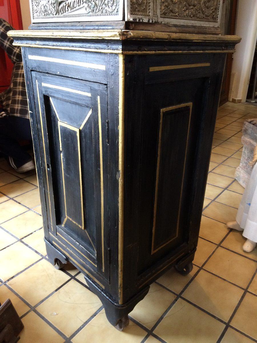 Mueble Epecial Para Caja Registradora  $ 8,50000 en MercadoLibre