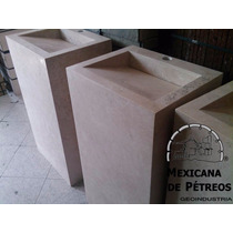 Mueble De Mármol Beige Para Baño Con Lavabo Minimalista