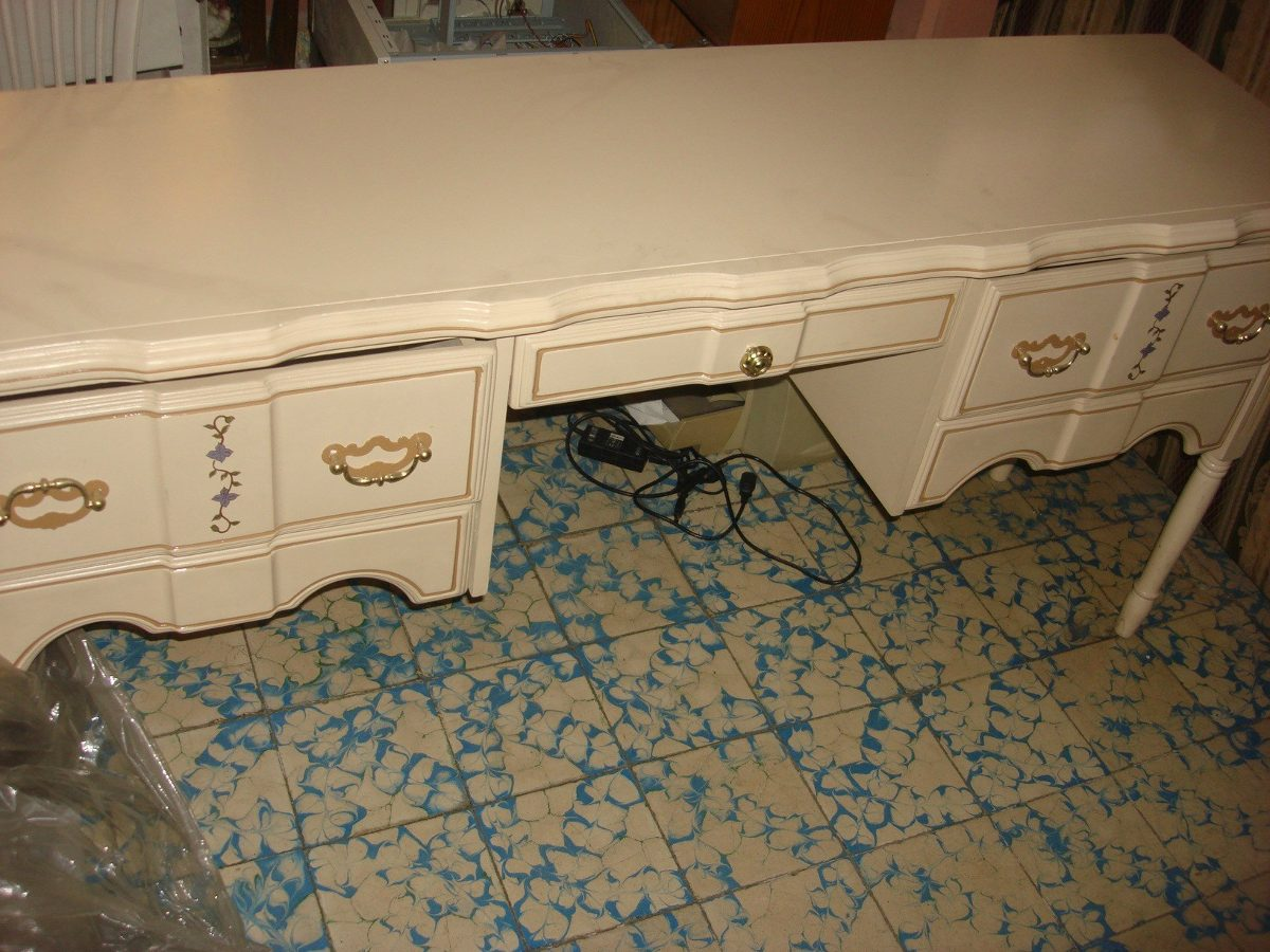 Muebles Para Baño Nezahualcoyotl:Muebles Con Respaldos De Recamara Para Niñas – $ 6,60000 en