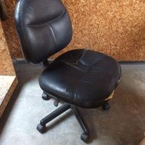 Silla Sillon Secretarial Basico Color Negro Acojinado