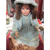 Muñeca De Porcelana Sentada Estilo Country