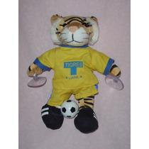 Tigre De Uanl Mascota De Futbol Con Sus Tacos Y Balon