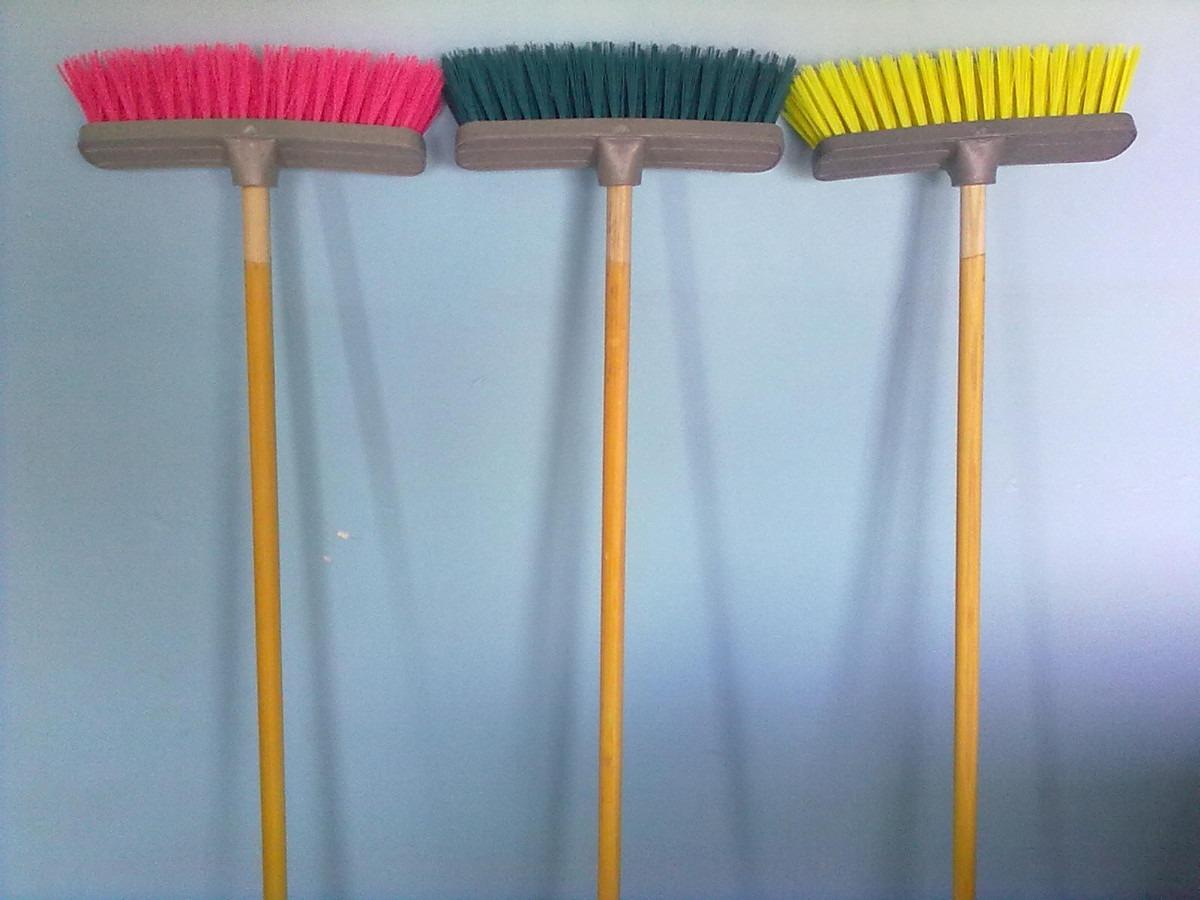 Oropinza escobas cepillo para piso con baston - Escobas de palma ...