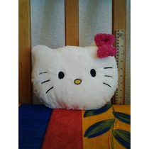 Cojin De Peluche Kitty!